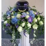 Urne mit Blumen