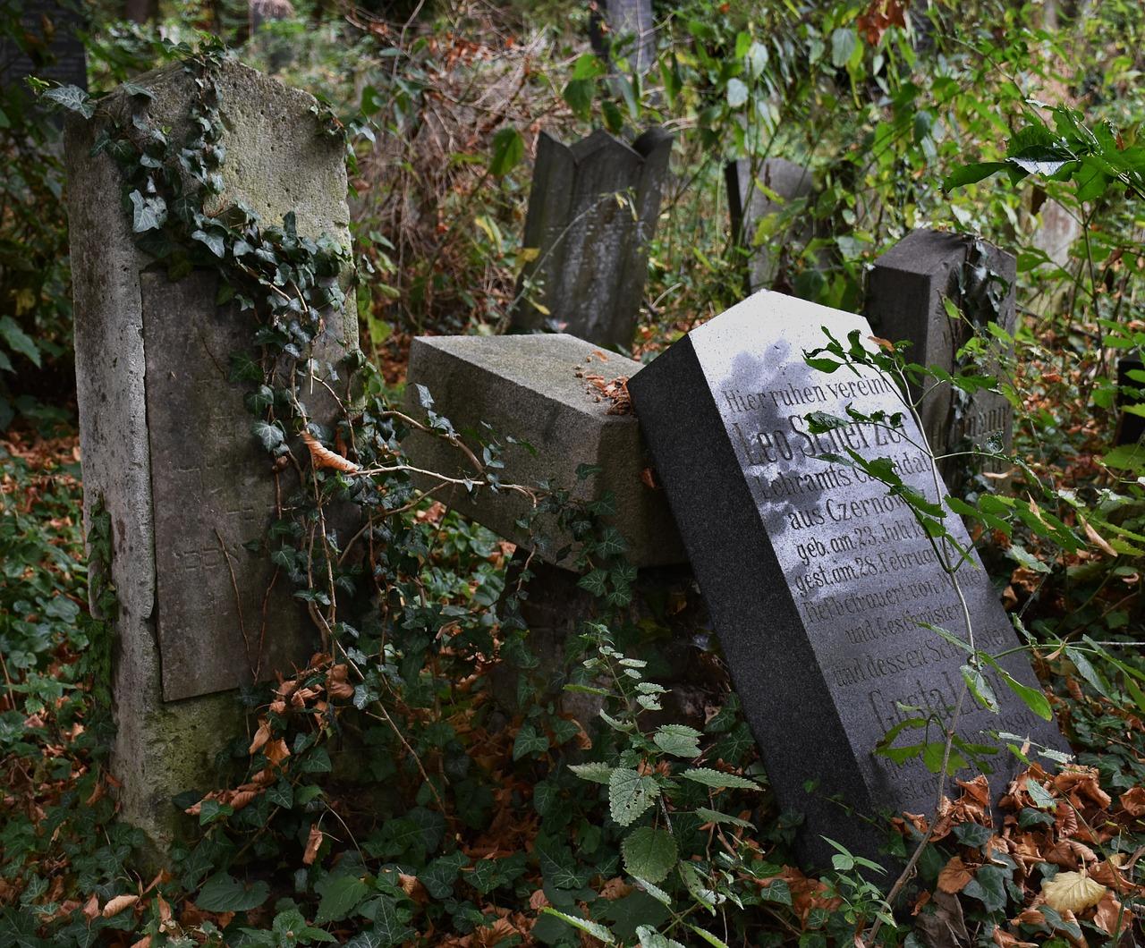 cemetery-1688174_1280